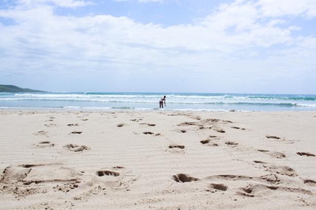 Deserted beach at Mdumbi