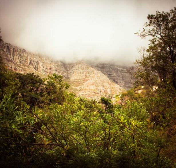 peeping mountain